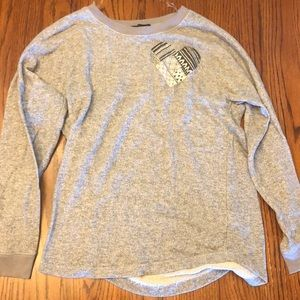 long sleeve, heather grey crew neck